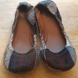 Lucky Brand brown , red , blue plaid shoes size-6M